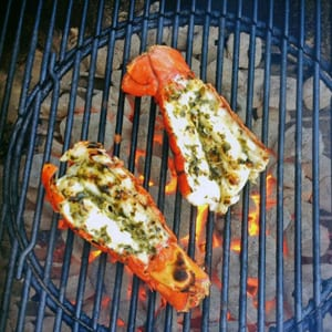 spiny-lobsters-on-grill-300px
