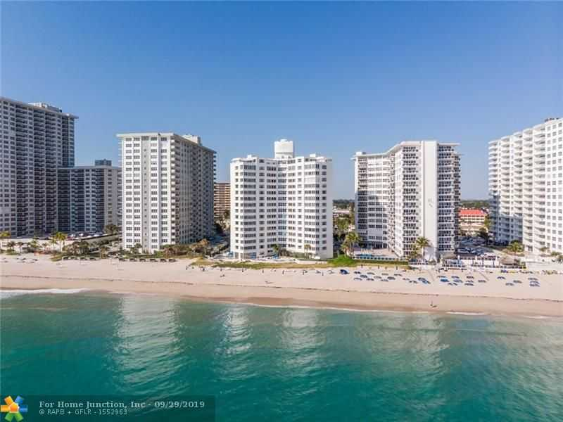 highrise condos on the beach in Fort Lauderdale
